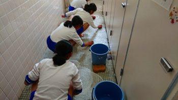 安佐北区 落合東小学校 卒業記念トイレ磨き